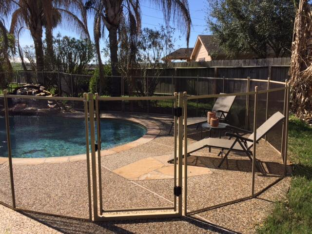 Best pet child proof pool safety gates removable